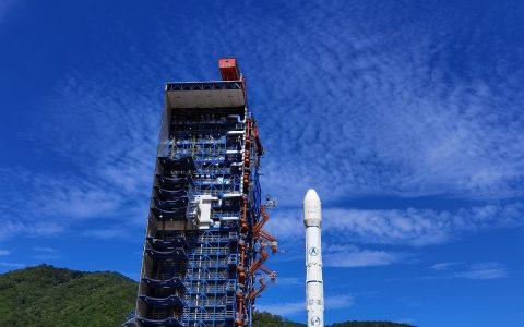 亚太6D卫星发射成功