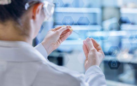 上市后首次发业绩公告 京东健康成为药品种类最全的线上平台之一