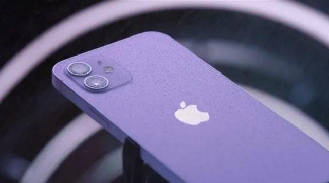 iPhone13提前被曝光?iPhone12瞬间不香了,果粉等对了