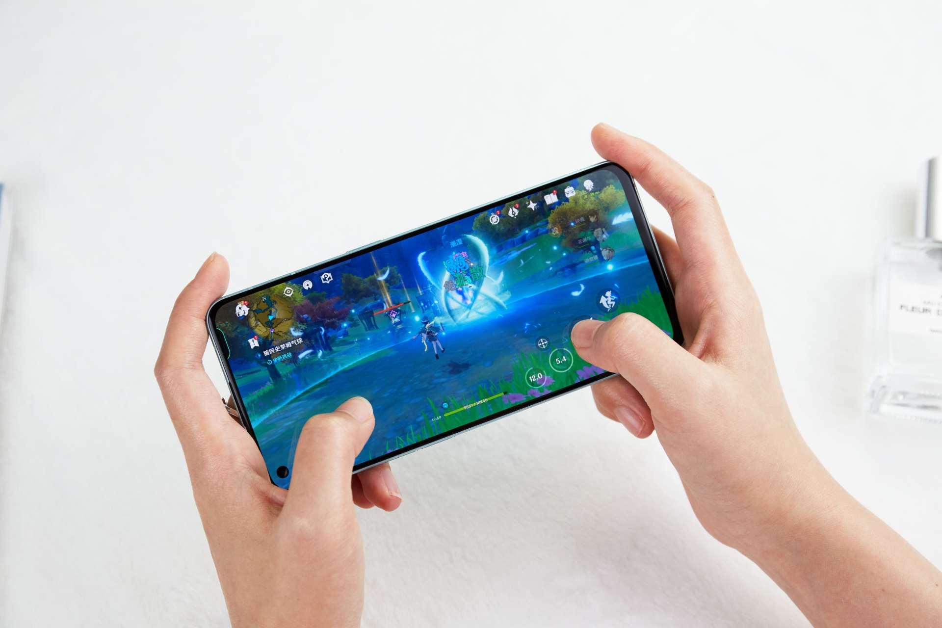 手机也有公摊面积,现在买手机真的建议一步到位选择256G!