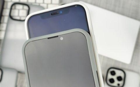 再见刘海屏?苹果iPhone 13/12屏幕实拍对比
